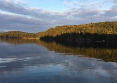 lake (Medium)